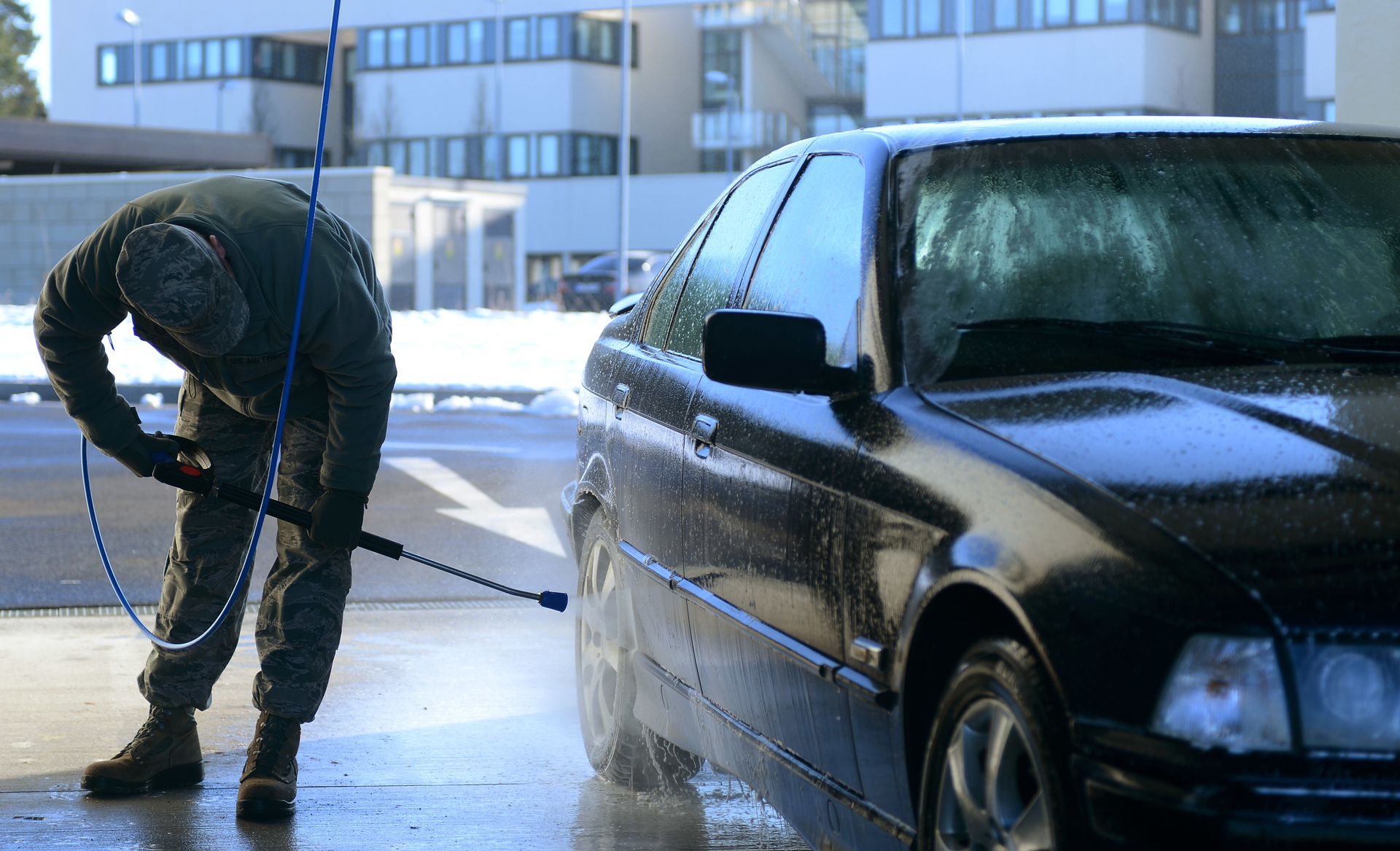 car cleaning step 1 jet wash your car