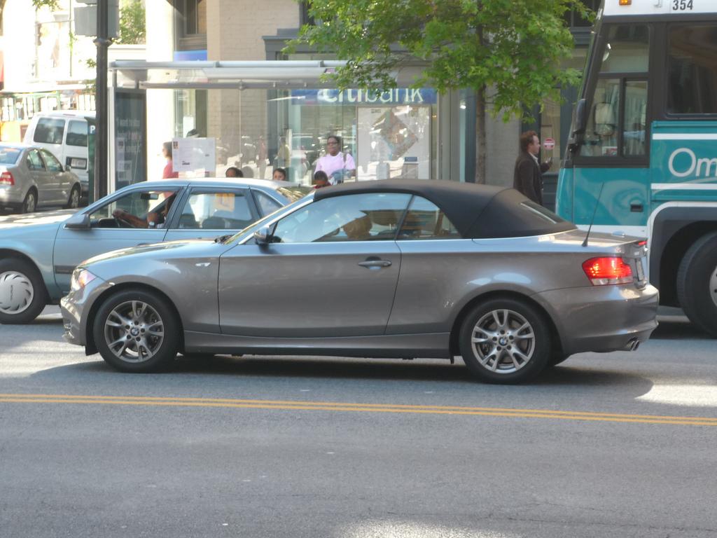 BMW 1 Series convertible 3 door silver grey warranty