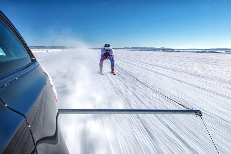 Graham Bell Jaguar XF Ski Tow
