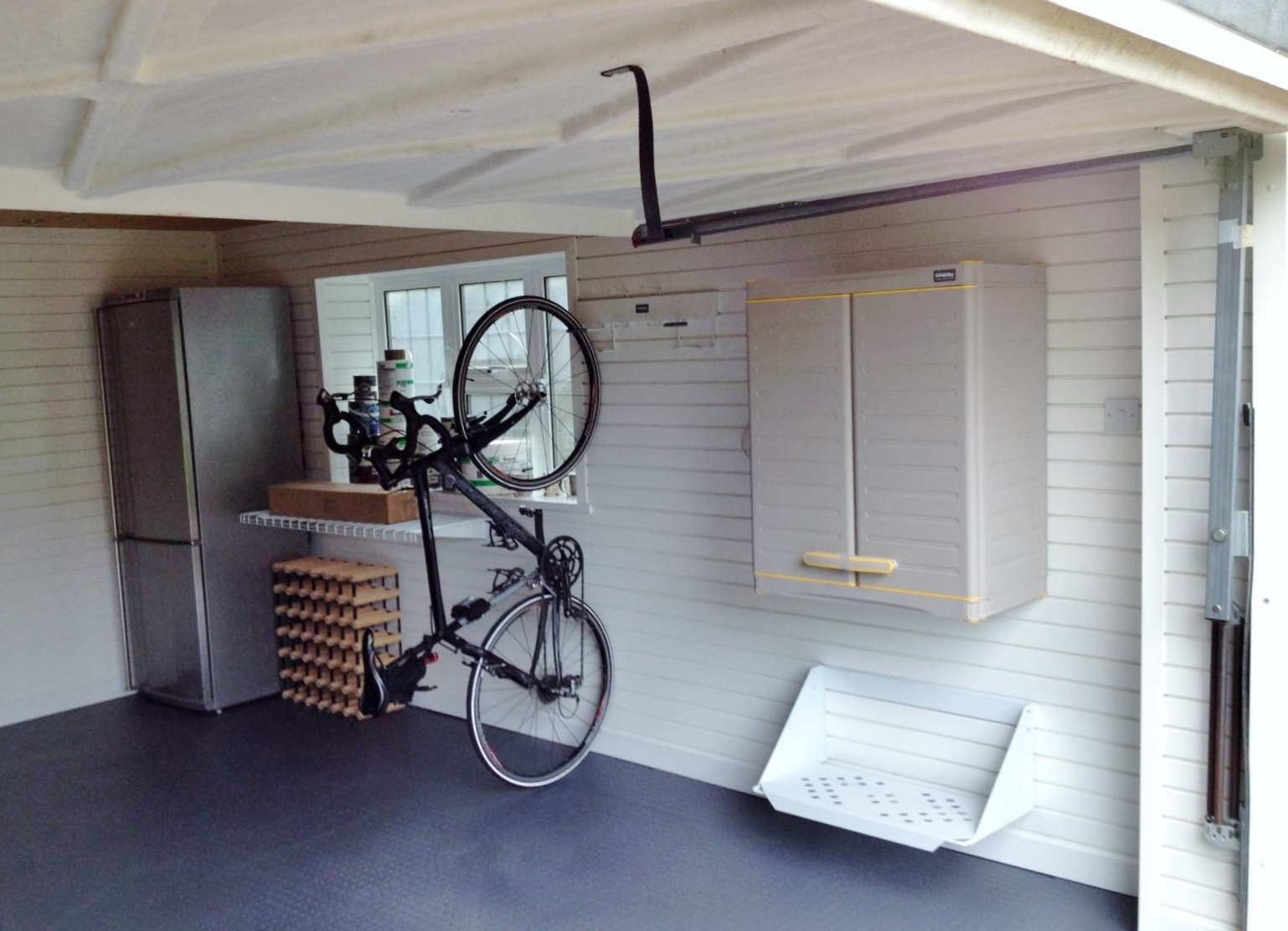 garage spiders creepy crawlies tidy clean garageflex garage solutions