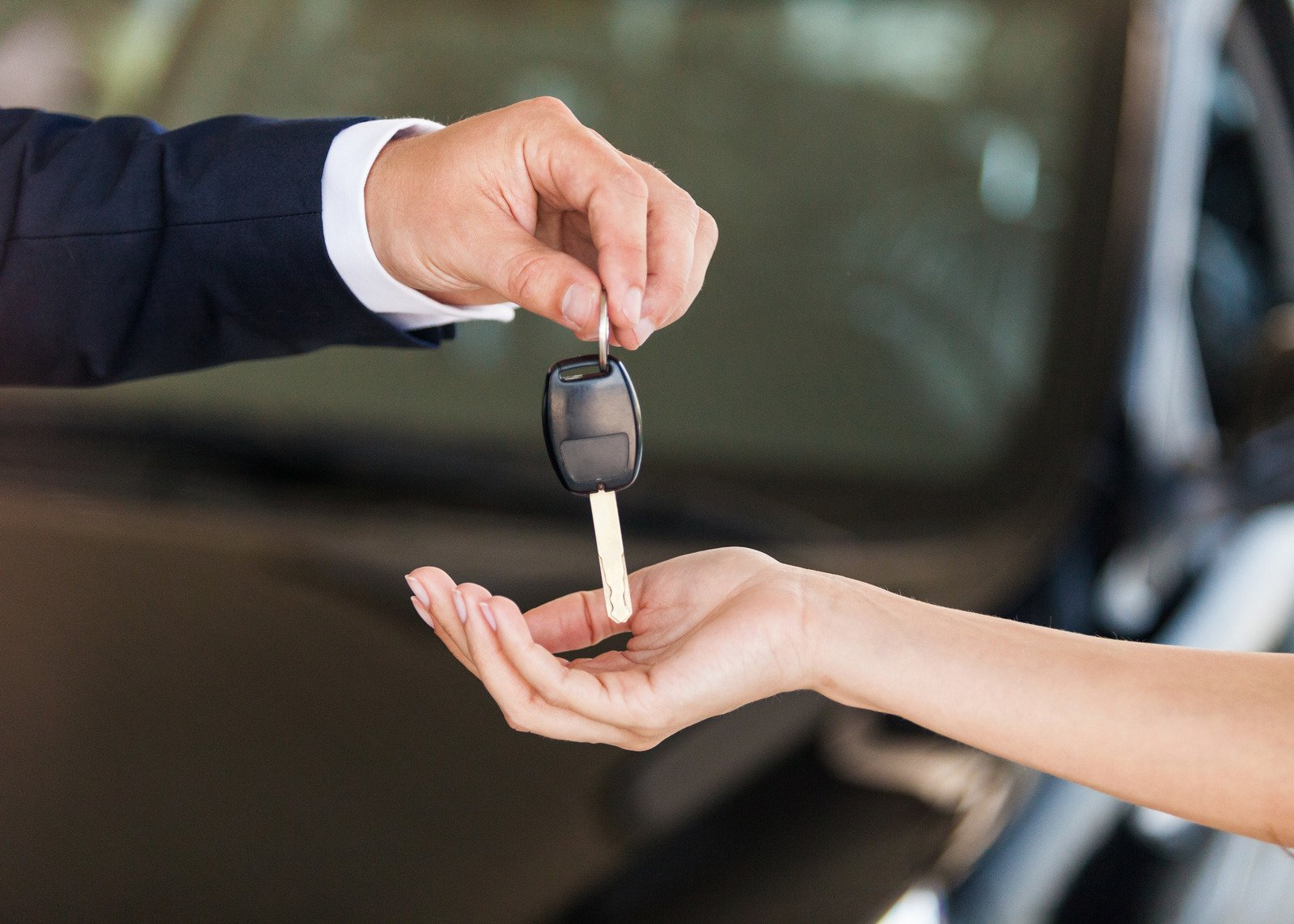 Test drive insurance handing over the keys