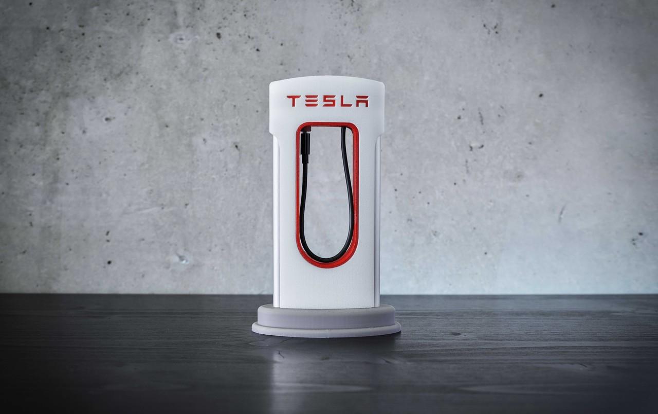 Tesla Phone Charger 3D Printing